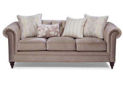 Chesterfield Bristol kanapé egyedi tervezés gyártás klasszikus elegáns angol kényelmes tűzött bőr drapp faláb