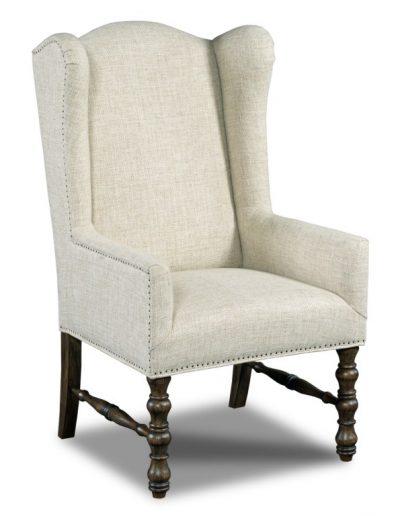 Gallina szék egyedi tervezés gyártás hagyományos elegáns kényelmes füles karfás szövet bézs faláb