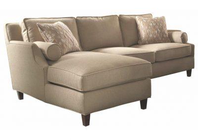 Sterling sezlonyos kanapé egyedi tervezés gyártás hagyományos elegáns kényelmes puha szövet homokszín faláb